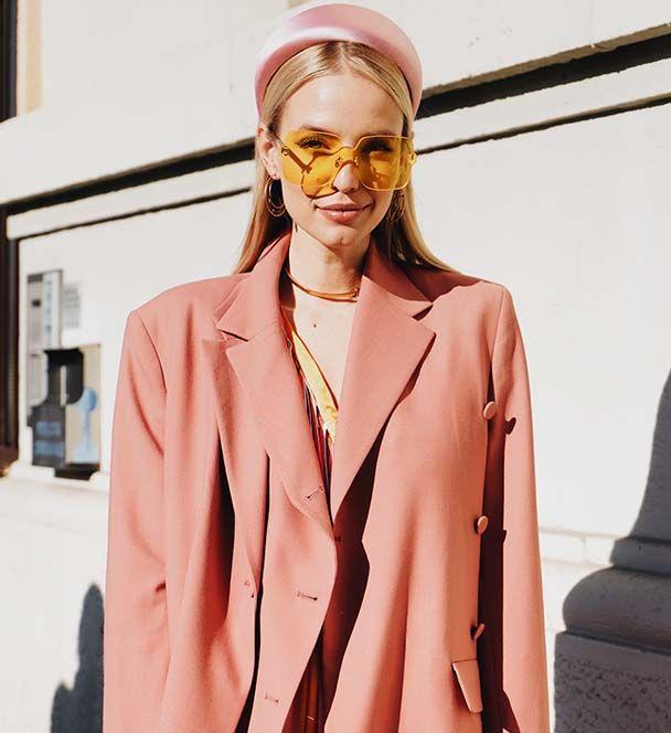 Modelo de Instagram rubia